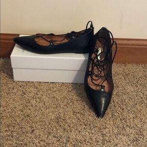 Shoes - Black lace up flats